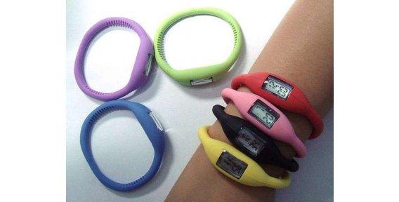 Водонепроницаемые наручные часы с силиконовым браслетом