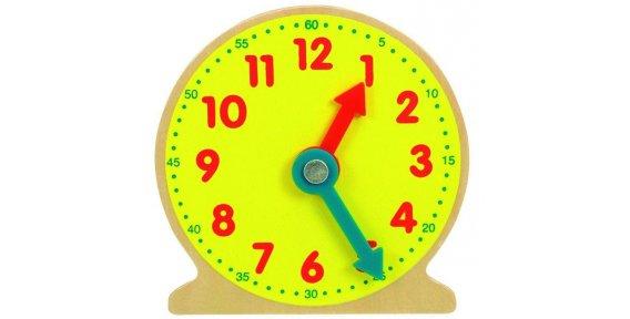 Модель часов из картона